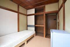 2Fは全室、冷蔵庫が設置されています。(202号室)(2016-06-20,専有部,ROOM,2F)