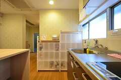 部屋ごとに食品を収納して置ける収納棚。(2016-03-22,共用部,KITCHEN,1F)