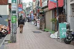 各線・高円寺駅から続く商店街の様子。(2014-02-20,共用部,ENVIRONMENT,1F)
