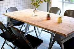 ダイニングテーブルの様子。(2015-03-04,共用部,LIVINGROOM,1F)
