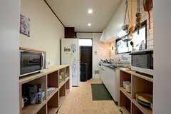 キッチンの様子。(2015-03-04,共用部,KITCHEN,1F)