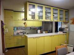 ラウンジから見たキッチンの様子。(2007-12-19,共用部,KITCHEN,1F)