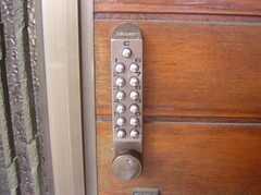 外鍵はナンバー式(2007-12-19,共用部,OTHER,2F)