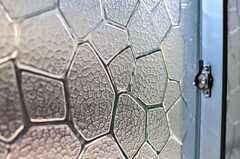 曇りガラスの模様。(101号室)(2012-05-21,専有部,ROOM,1F)