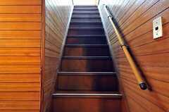 階段の様子。(2012-05-21,専有部,ROOM,1F)