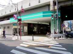 京王線八幡山駅の様子。(2006-08-04,共用部,ENVIRONMENT,1F)