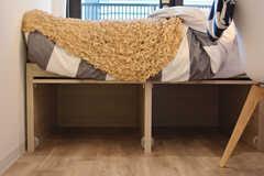 ベッド下は収納スペースとして使えます。(S220号室)(2020-11-04,専有部,ROOM,2F)
