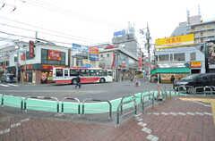西武新宿線・上石神井駅前はバスロータリーになっています。(2016-03-10,共用部,ENVIRONMENT,1F)
