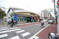 西武新宿線・井荻駅の様子。(2013-10-01,共用部,ENVIRONMENT,1F)