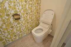 ウォシュレット付きトイレの様子。(2015-08-03,共用部,TOILET,2F)