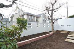 庭の様子。家庭菜園ができます。(2016-02-01,共用部,OTHER,1F)