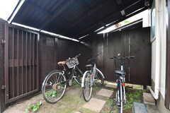 屋根付きの自転車置き場2。(2019-10-03,共用部,GARAGE,1F)
