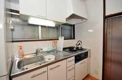 シェアハウスのキッチンの様子。(2009-11-26,共用部,KITCHEN,1F)