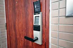 玄関はオートロック式。(2009-04-14,共用部,OTHER,3F)