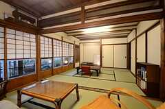 居間の様子。書院造で趣きのある和室。(2015-02-25,共用部,LIVINGROOM,1F)