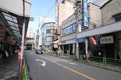 JR中央線・西荻窪駅からシェアハウスへ向かう道の様子。(2014-01-09,共用部,ENVIRONMENT,1F)
