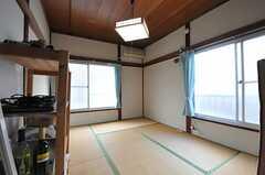 専有部の様子。※家具は住人さんの私物です。(201号室)(2014-01-09,専有部,ROOM,2F)