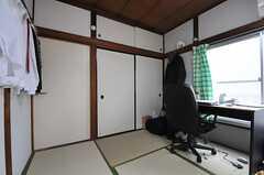 専有部の様子2。※家具は住人さんの私物です。(202号室)(2014-01-09,専有部,ROOM,2F)