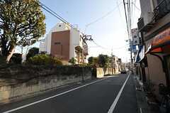 シェアハウス周辺から少し歩くと商店街があります。(2013-01-07,共用部,ENVIRONMENT,1F)