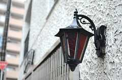 味わいある玄関灯。(2014-03-27,共用部,OTHER,1F)