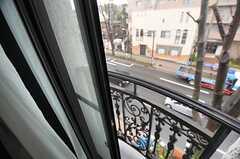 窓は2重冊子で、防音性もあります。(302号室)(2014-03-27,専有部,ROOM,3F)