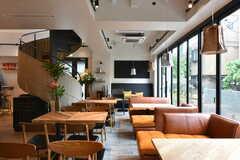 カフェ&キッチン「カルティコ」の店内の様子。(2016-04-28,共用部,OTHER,1F)