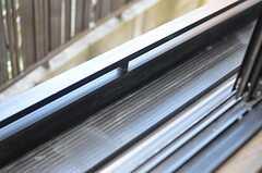 窓辺にはプランターを置くことができます。(206号室)(2013-02-25,専有部,ROOM,2F)