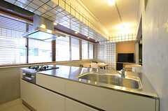キッチンの様子。(2013-01-15,共用部,KITCHEN,2F)