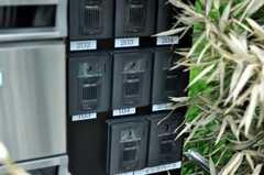 カメラ付きインターホンも部屋ごとに設置。(2010-09-14,共用部,OTHER,1F)