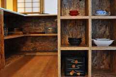 和食器を中心に収納されています。(2012-08-10,共用部,KITCHEN,1F)