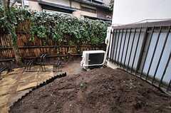 リビングから見た菜園。(2012-03-09,共用部,OTHER,1F)