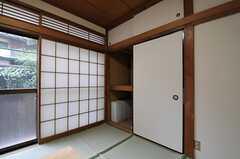 収納の様子。(101号室)(2012-03-09,専有部,ROOM,1F)