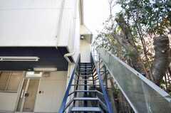 外階段の様子。(2009-03-02,周辺環境,ENTRANCE,1F)