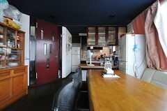 シェアハウスのラウンジの様子3。(2013-06-18,共用部,LIVINGROOM,2F)