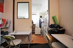 収納スペースもあります。(101号室)(2013-06-18,専有部,ROOM,1F)