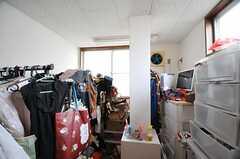 収納スペースの様子。(101号室)(2013-06-18,専有部,ROOM,1F)