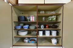 食器棚の様子。(2019-10-24,共用部,KITCHEN,1F)