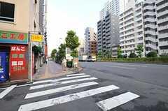 シェアハウスの近くは大通りです。(2012-09-21,共用部,ENVIRONMENT,1F)