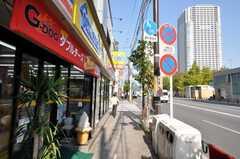 各線錦糸町駅からシェアハウスへ向かう道の様子。(2009-10-30,共用部,ENVIRONMENT,1F)