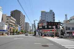 都営新宿線・菊川駅前の様子2。(2013-05-07,共用部,ENVIRONMENT,1F)