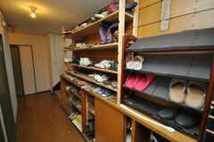 靴棚の様子。(2009-03-10,周辺環境,ENTRANCE,2F)