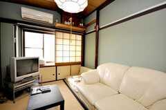 シェアハウスのラウンジの様子2。(2009-03-10,共用部,LIVINGROOM,2F)