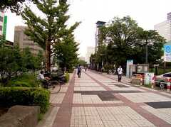 駅からシェアハウスへ向かう道の様子。(2005-08-29,共用部,ENVIRONMENT,1F)