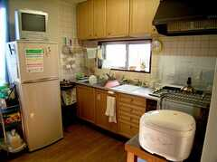 キッチンの様子。(2005-08-29,共用部,KITCHEN,3F)