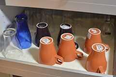 共用の食器棚の様子。(2014-05-13,共用部,KITCHEN,1F)