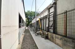 自転車置き場の様子。(2014-05-13,共用部,GARAGE,1F)