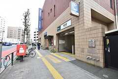 都営大江戸線・蔵前駅までは徒歩3分ほどです。(2016-04-25,共用部,ENVIRONMENT,1F)