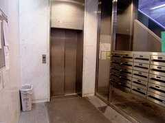 エレベータの様子。(2006-08-03,周辺環境,ENTRANCE,1F)
