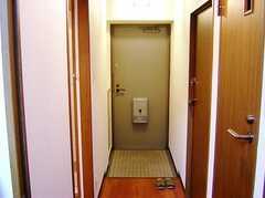 玄関の様子。(2006-08-03,周辺環境,ENTRANCE,4F)