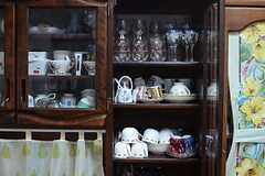 食器棚のグラスやお皿は自由に使用できます。(2014-08-27,共用部,LIVINGROOM,3F)